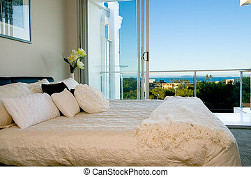 Bedroom decor - Bedroom looking out over the ocean