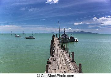 Bo Phut Pier Koh Samui - An image of Bo Phut Pier on the...