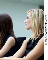 mujer de negocios, reunión, atractivo