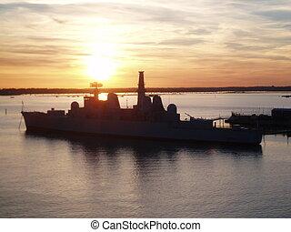 WAR SSHIP - WAR SHIP