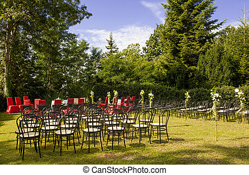 outdoor wedding in the castle of Tercesi