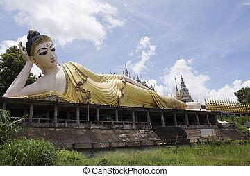 reclining Buddha in Wat Phra Mongkol Kiri in Phrae...