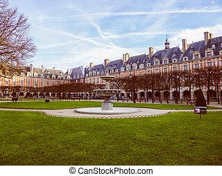 Retro look Place des Vosges Paris - Vintage looking Place...