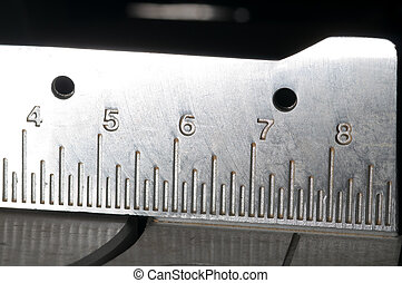 Measurement on a power saw