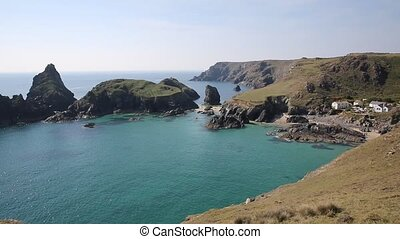 Kynance Cove The Lizard uk - Kynance Cove The Lizard near...