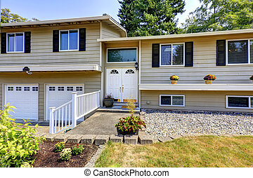 House exterior in Federal Way, WA - Large two story house...