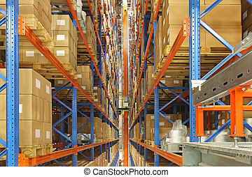 Automated storage and retrieval system in distrbution...