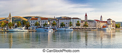 UNESCO town of Trogit view - UNESCO town of Trogit seafront...