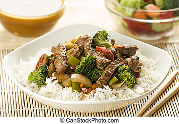 Beef - Asian dish with beef, vegetables and curry sauce