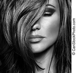 Luxury supermodel portrait - Black and white photo of...