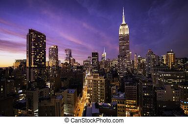 Manhattan skyline at sunset, New York