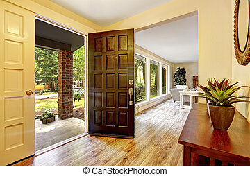 Entrance hallway with open door - Entrance hallway with...