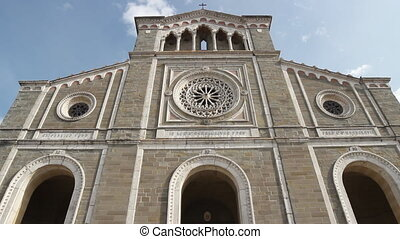 Cathedral in Tuscany - time lapse of the Cortona Cathedral...