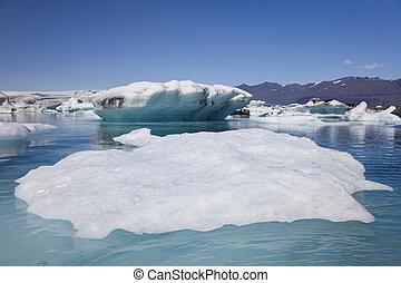 Icebergs Floating In The Lagoon, Jokulsarlon, Iceland