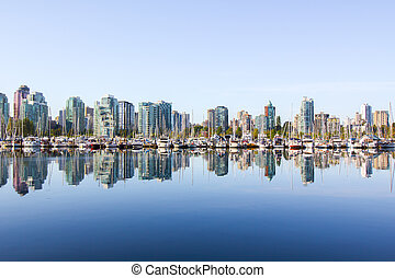 Vancouver skyline, yacht, water - Panoramic view of...