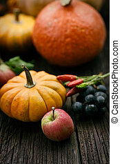Autumn place setting - Autumn table setting with pumpkins...