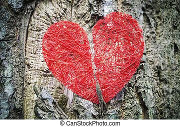 cassé, rouges, coeur, arbre, Coffre