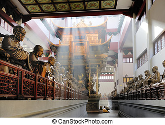 Hall with statues at Lingyin Temple, Hangzhou, Shandong...