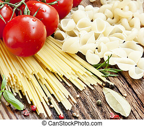 Italian Pasta with Cherry Tomatoes and SPices
