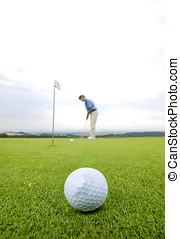 Playing golf - Learning to put