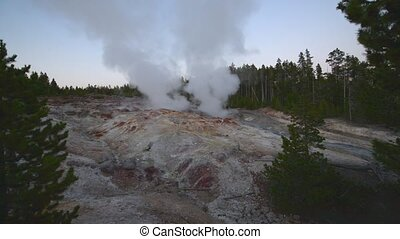 Steam Boat Geyser Yellowstone Natio - Norris Geyser Basin...
