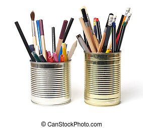 Upcycling, Writing Accessories in Cans - Crayons and pens in...