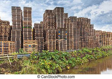 de madera, reciclaje, transporte, paletas