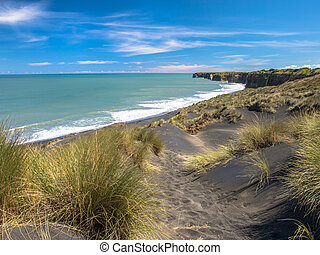 Black Sand Beach near New Plymouth, New Zealand - Beach and...