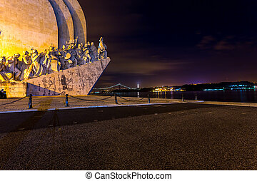 Padrao dos Descobrimentos, Lisbon, Portugal, at night -...