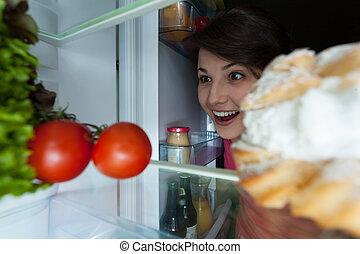 feliz, niña, Mirar, refrigerador