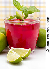 Limes In Drink Recipe - Limes used in mixed drink recipe