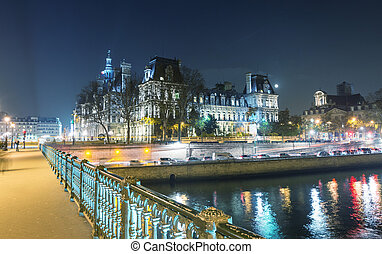 Hotel de Ville at night, Paris