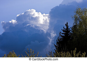 Heavy weather coming - Dramatic thunderstorm sky coming in a...