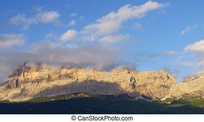 Dolomites - Panoramic time-lapse of Italian Alps, Dolomites