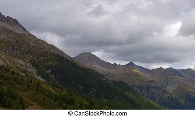 Cloudy Tirol - Panoramic time-lapse of Tirol mountains in...