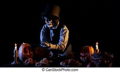 Jack Olantern Ligntens Candles Inside Pumpkins - Shot on...