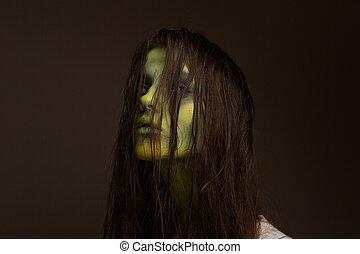 Evil zombie girl