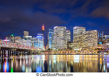 Sydney Skyline At Dusk - Sydney skyline and Pyrmont bridge...