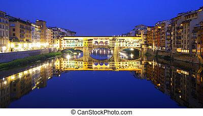 Ponte Vecchio - Panoramic view of Ponte Vecchio bridge in...