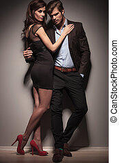 picture of a elegant couple embracing - Fulll length picture...
