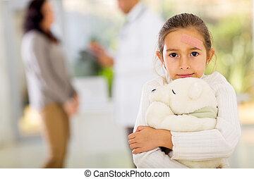 niña, tirita, ella, cara, tenencia, teddy, oso