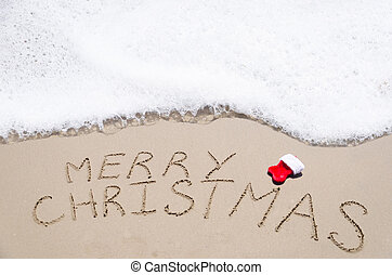 "Sign ""Merry Christmas"" on the beach - Sign ""Merry Christmas""..."