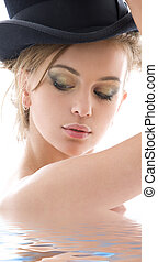 top hat - picture of seductive lady in top hat