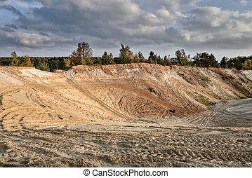 Sand quarry in the early autumn - Sand quarry in Lytkarino,...