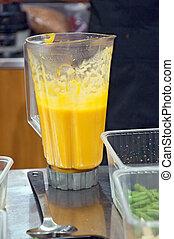 grinding in a blender pumpkin soup