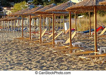 Golden beach - Photo of the golden beach in Thassos Pangia -...