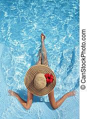 mujeres, sombrero, piscina