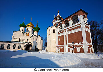 Saviour-Euthimiev monastery at Suzdal in winter Russia -...