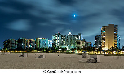 Miami Beach at night - Miami beach unusually empty and...