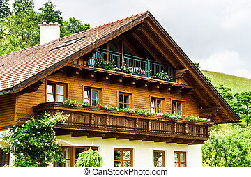 Wonderful alpine classic house with balcony, Austria
